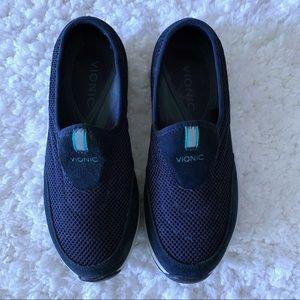 Vionic Heritage Slip On Sneakers SZ 8